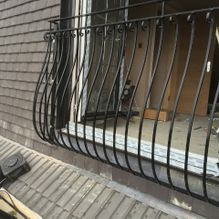 Metal balustrade design